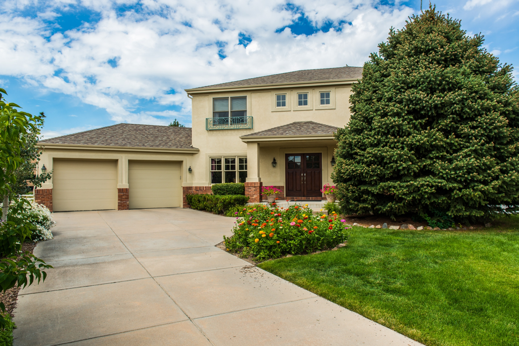 Single Family Home for Sale at Fabulous location with forever mountain views 13910 E Maplewood Pl Centennial, Colorado 80111 United States