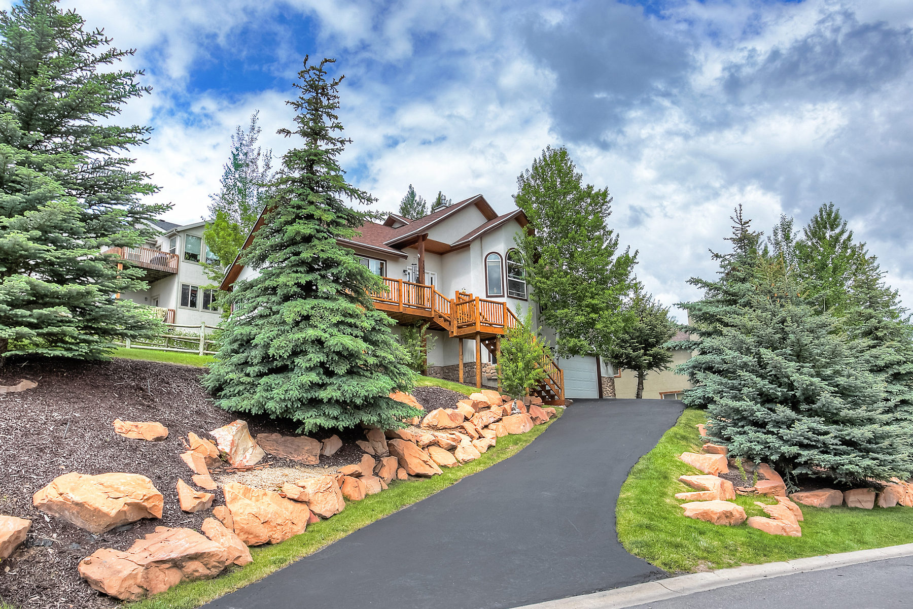 Single Family Home for Sale at Welcome Home 7555 Susans Cir Park City, Utah 84098 United States