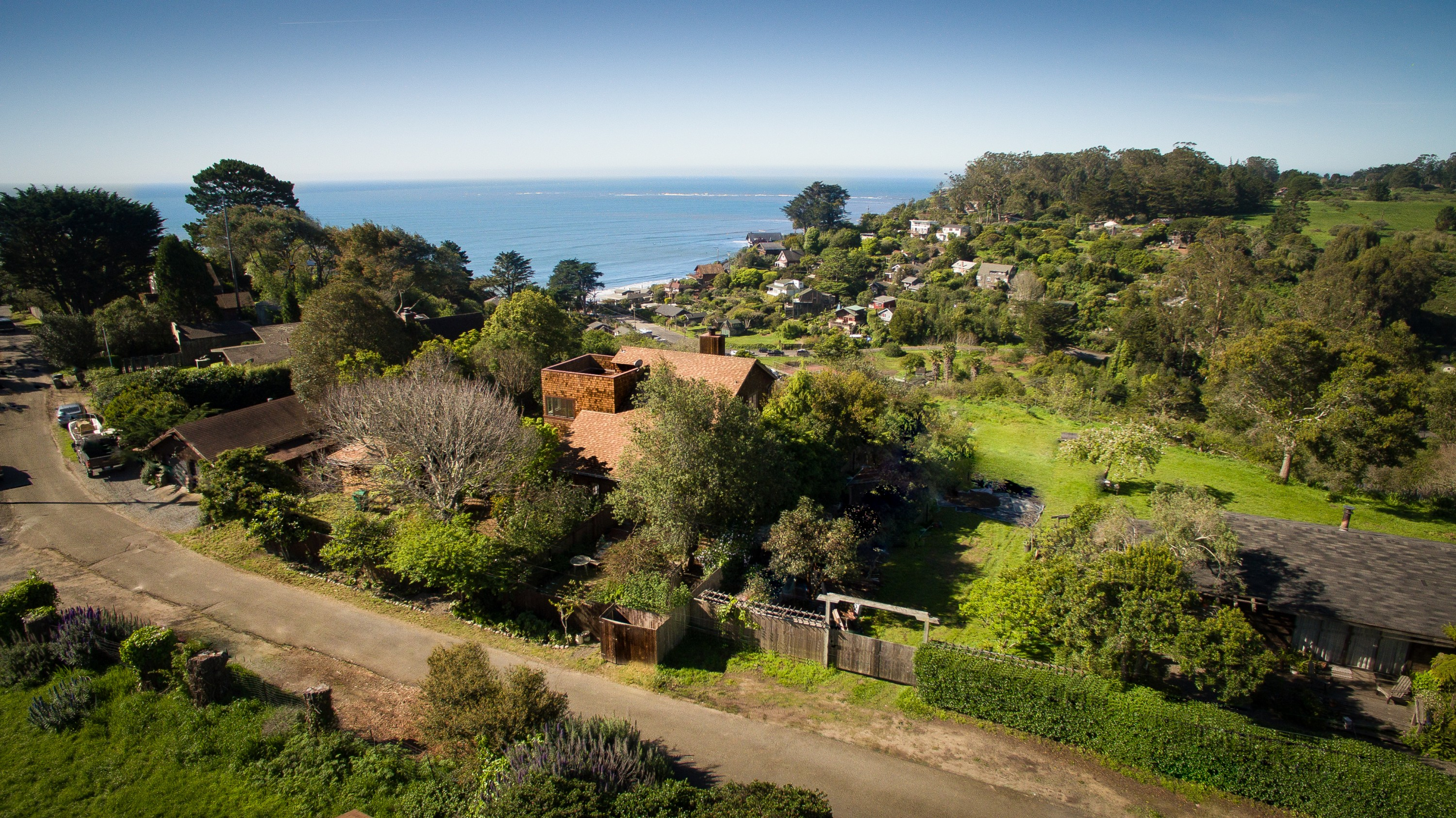 Single Family Home for Sale at What do you hear when you listen 46 Crescente Avenue Bolinas, California, 94924 United States