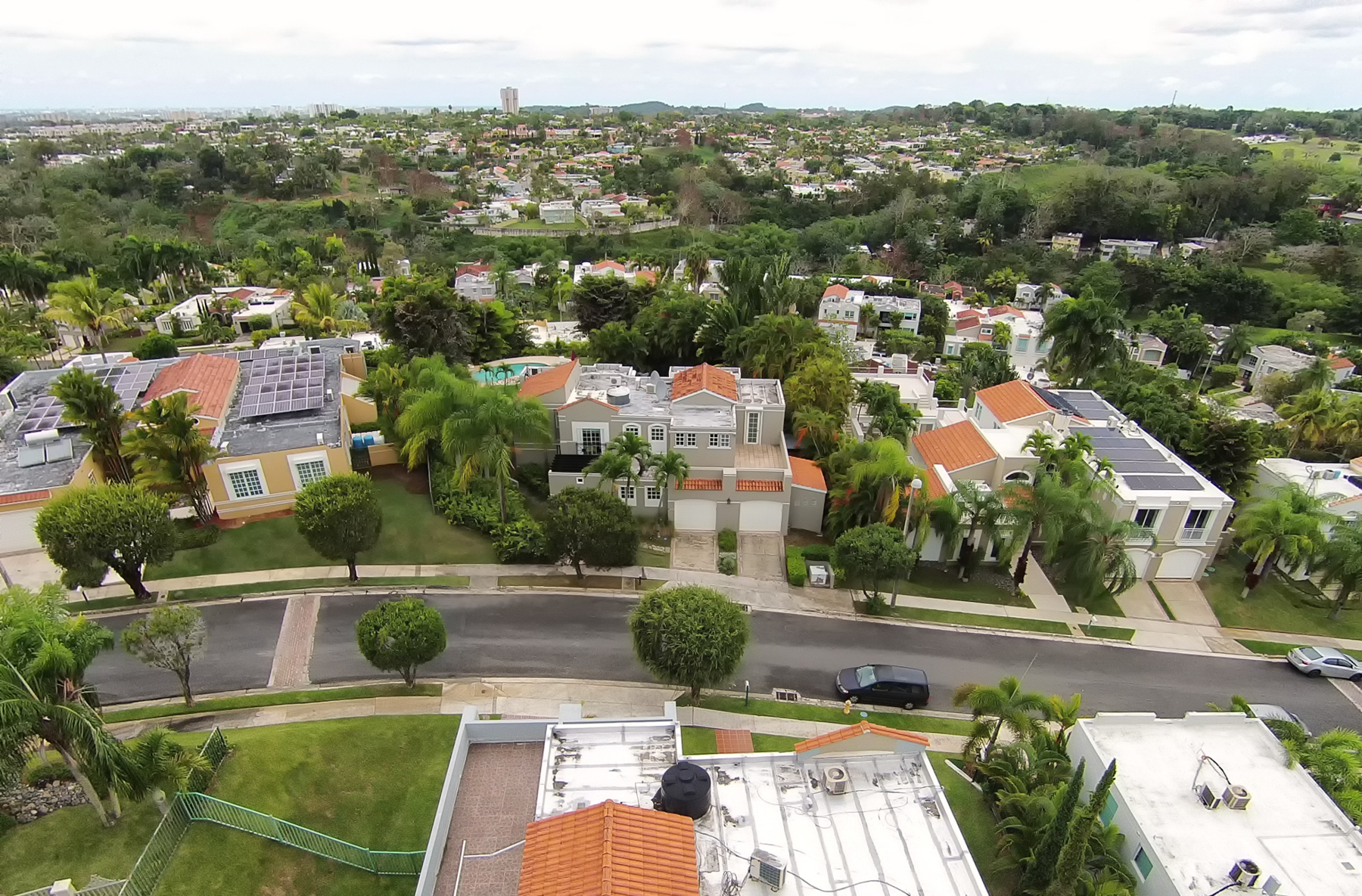 Additional photo for property listing at Scenic Montehiedra Home 284 Calle Jilguero San Juan, Puerto Rico 00926 Puerto Rico