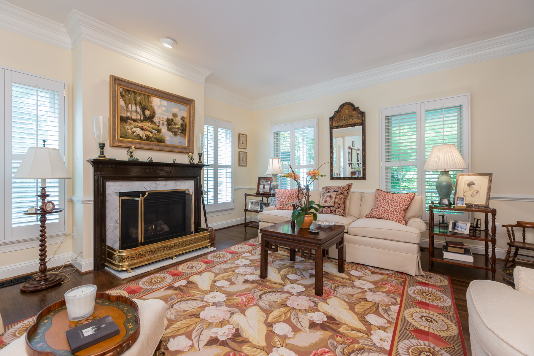 Additional photo for property listing at McLean  McLean, Virginia 22101 Estados Unidos