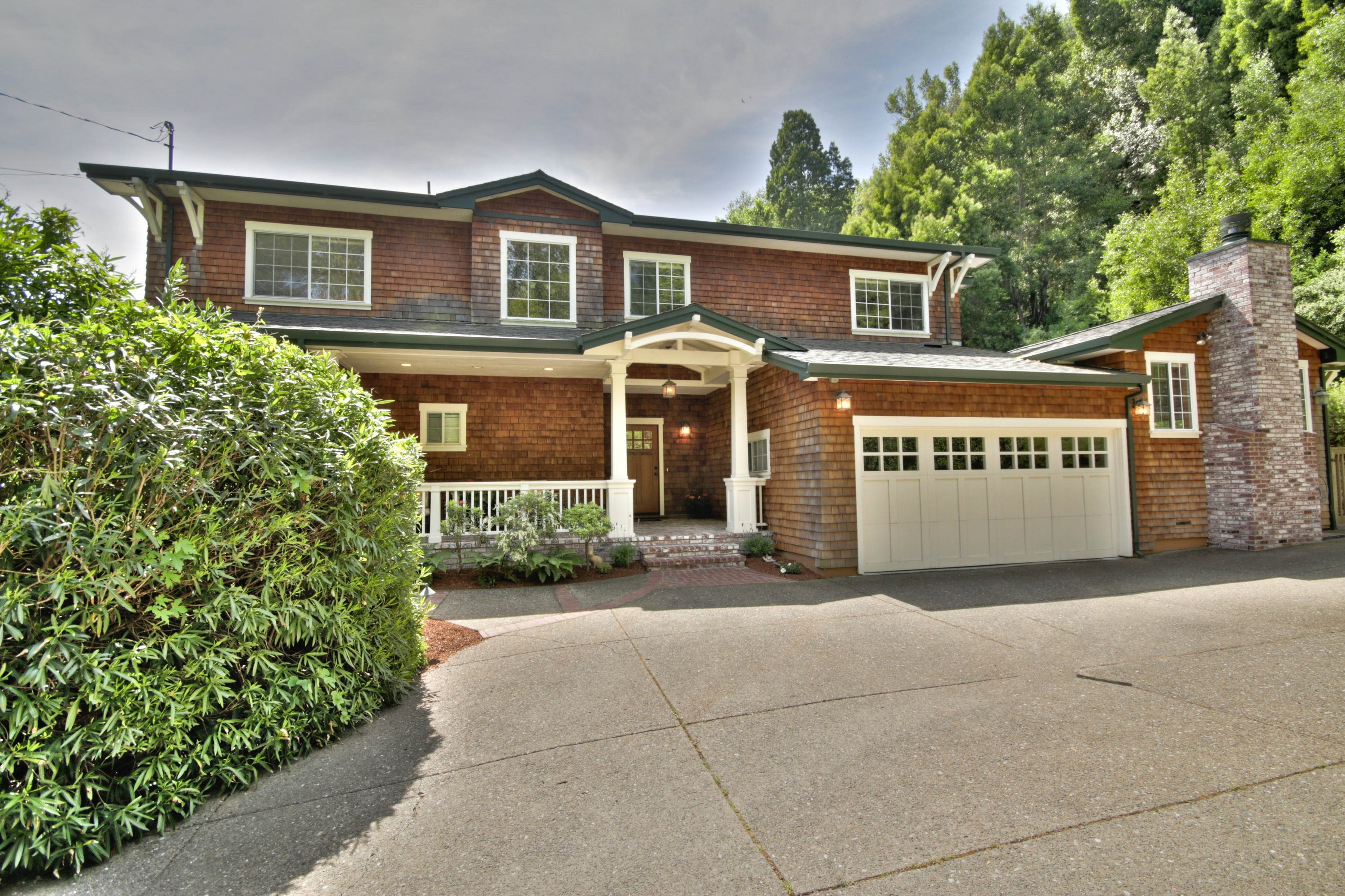 Single Family Home for Sale at Stunning Remodeled Craftsman 121 Sycamore Ave Larkspur, California, 94939 United States