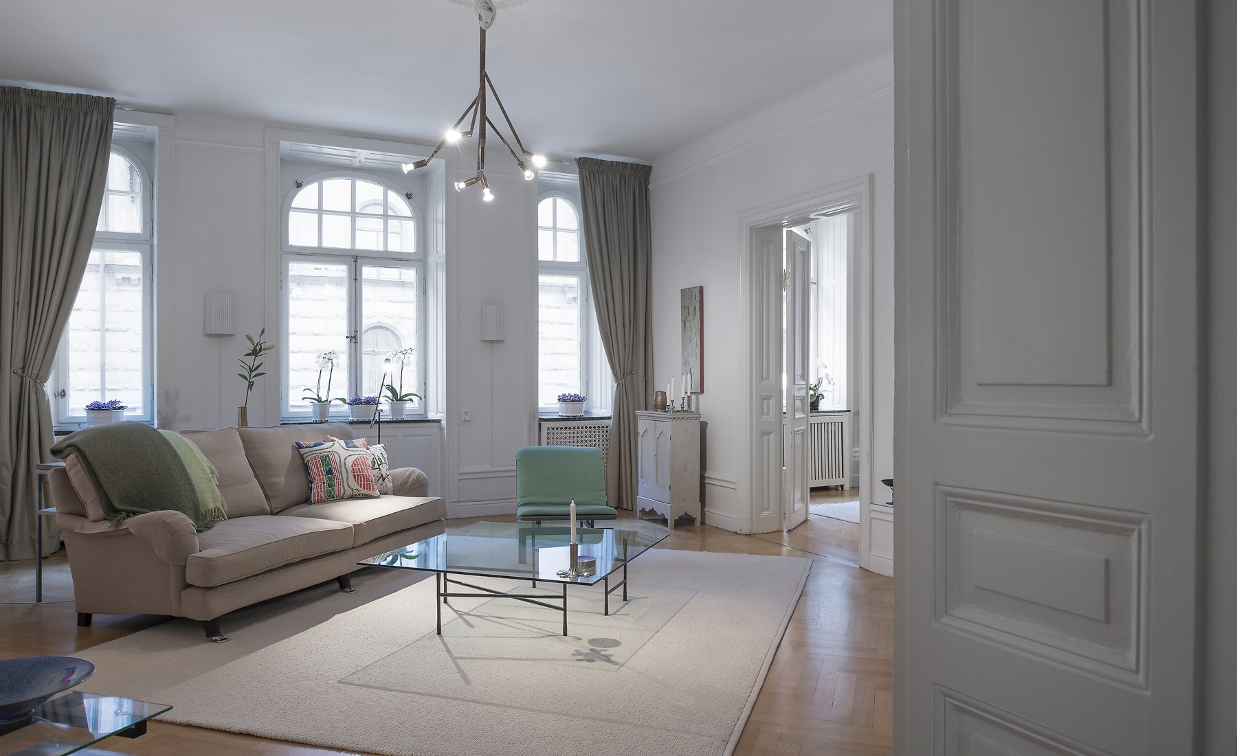 Appartamento per Vendita alle ore Beautiful turn of the century apartment Stockholm, Stoccolma, Svezia