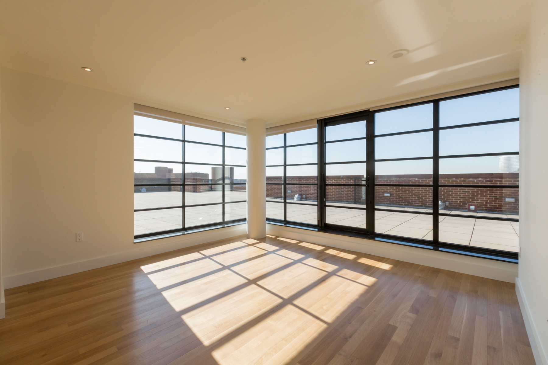 Additional photo for property listing at Georgetown 3303 Water Street NW #8F Washington, Distrito De Columbia 20007 Estados Unidos