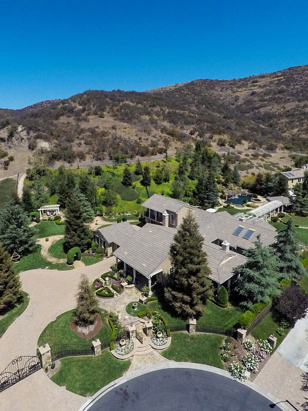 Single Family Home for Sale at Cheshire Hills Court 1025 Cheshire Hills Court Westlake Village, California 91361 United States