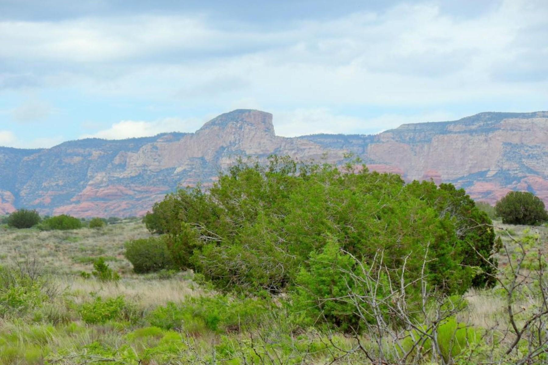 Terreno por un Venta en Wonderful 5.02 acre lot with mountain views. 6300 Bill Gray Rd Sedona, Arizona 86336 Estados Unidos