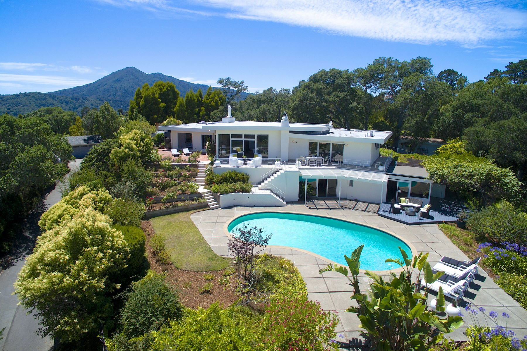 Single Family Home for Sale at Spectacular Mid-Century Modern Gated Estate at the Top of Bret Harte Heights 40 Twain Harte Lane San Rafael, California 94901 United States