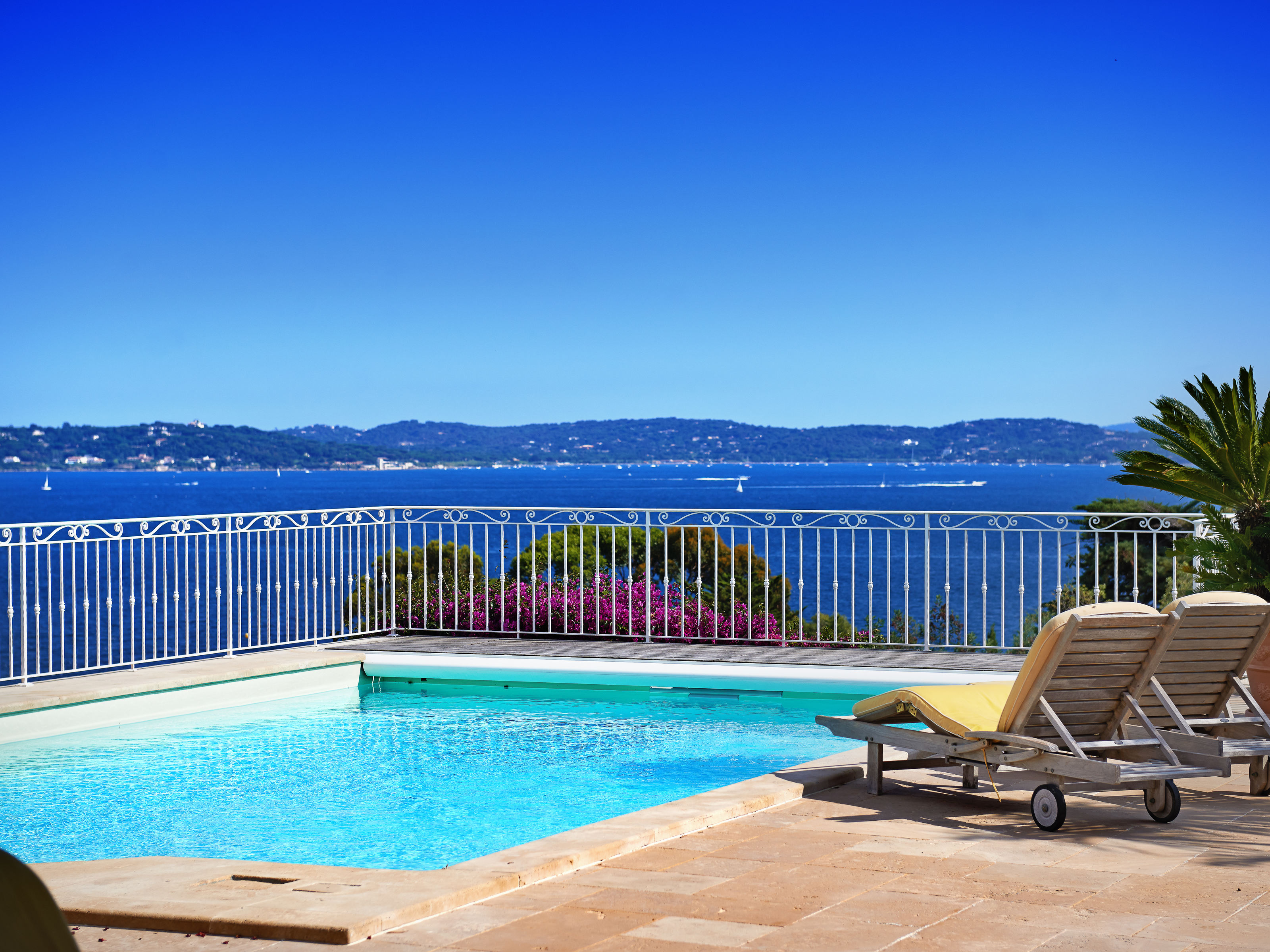 Single Family Home for Sale at Luxurious villa with breathtaking sea views Sainte Maxime, Provence-Alpes-Cote D'Azur 83120 France