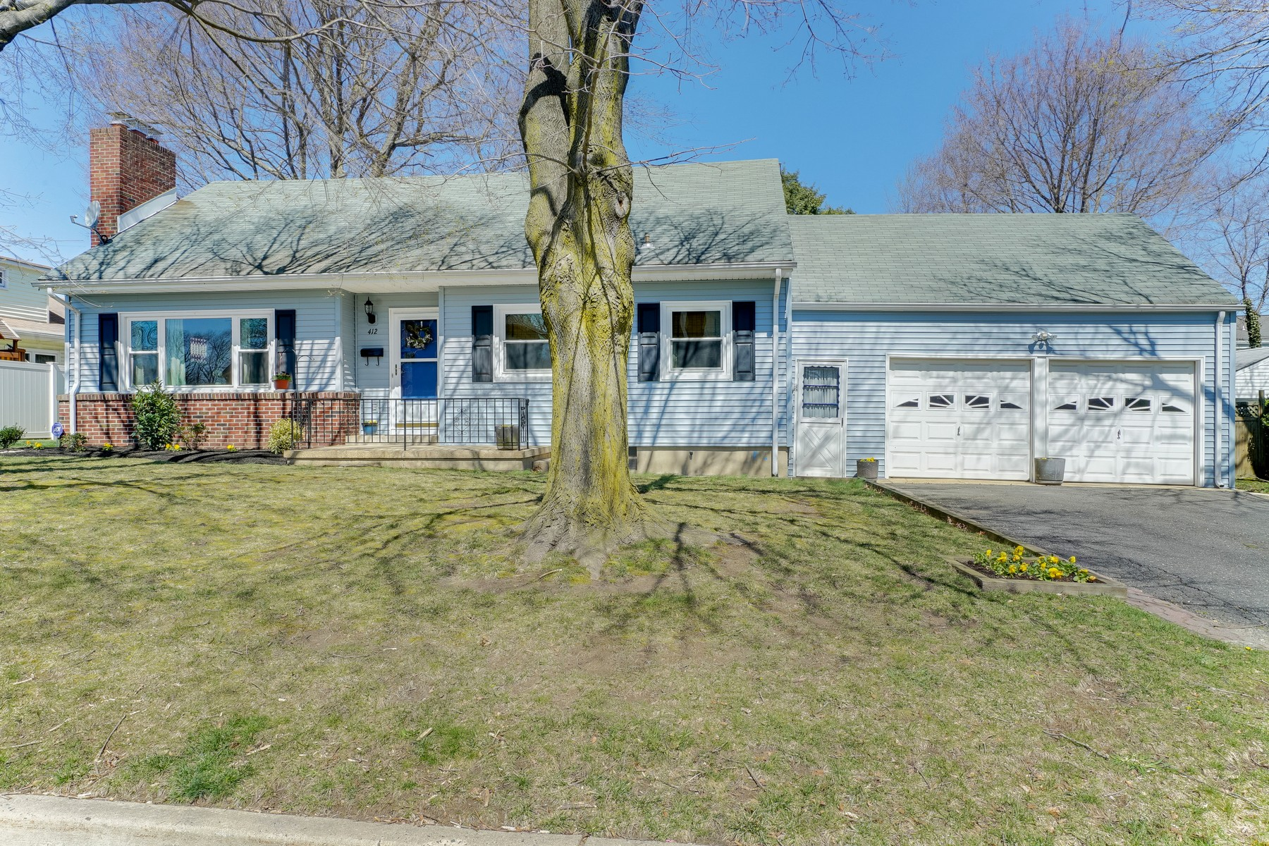 Single Family Home for Sale at Traditional Colonial 412 Belmont Ave Ocean, New Jersey 07712 United States