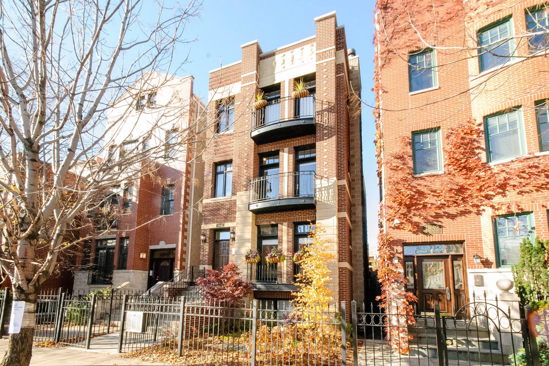 콘도미니엄 용 매매 에 Highly Upgraded Lincoln Park Unit 1848 N Halsted Street Unit 2 Lincoln Park, Chicago, 일리노이즈 60614 미국