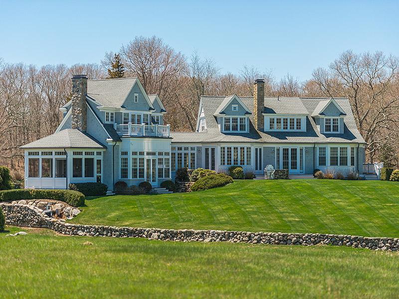 Villa per Vendita alle ore 1591 COMMODORE PERRY HWY 1591 Commodore Perry Highway South Kingstown, Rhode Island 02879 Stati Uniti