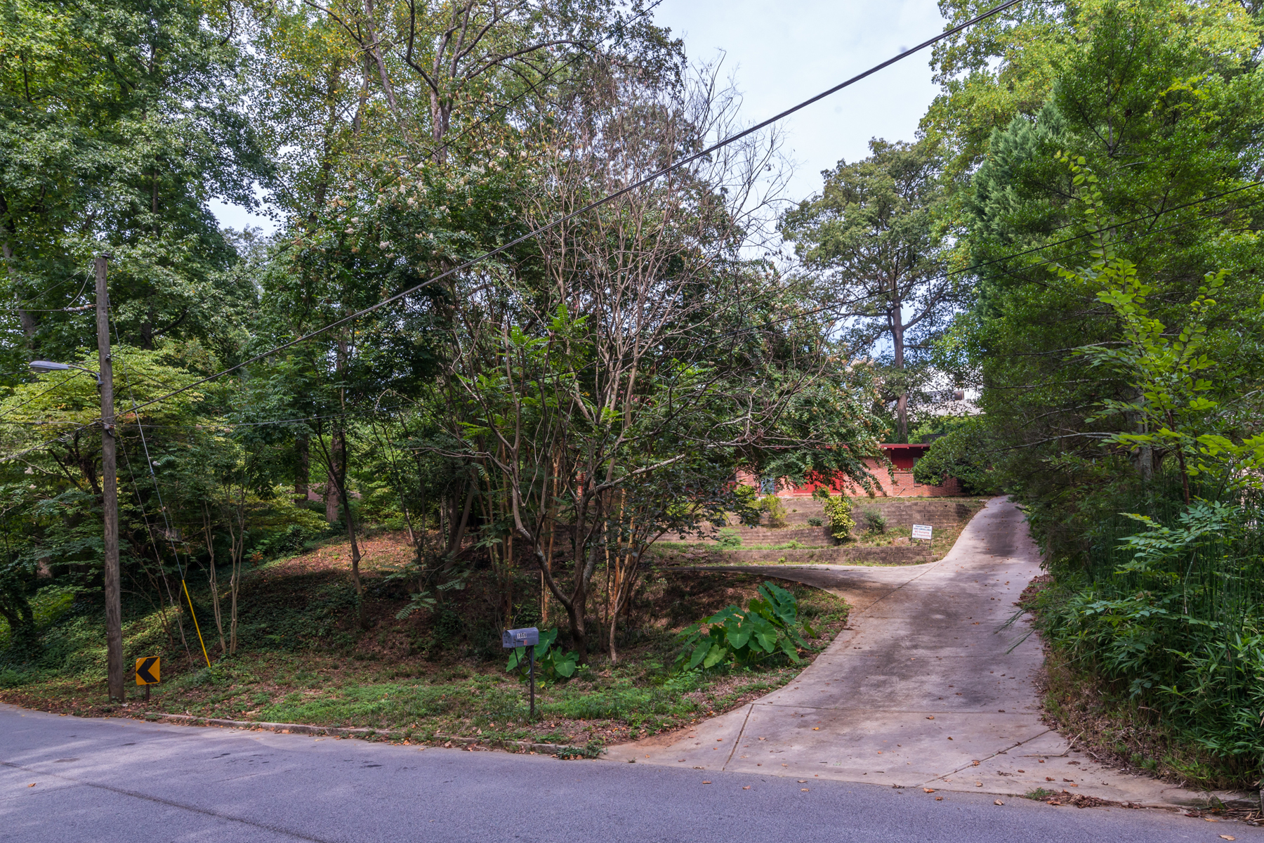 Terreno por un Venta en Level Lot In Morningside 1868 Windemere Drive NE Morningside, Atlanta, Georgia 30324 Estados Unidos