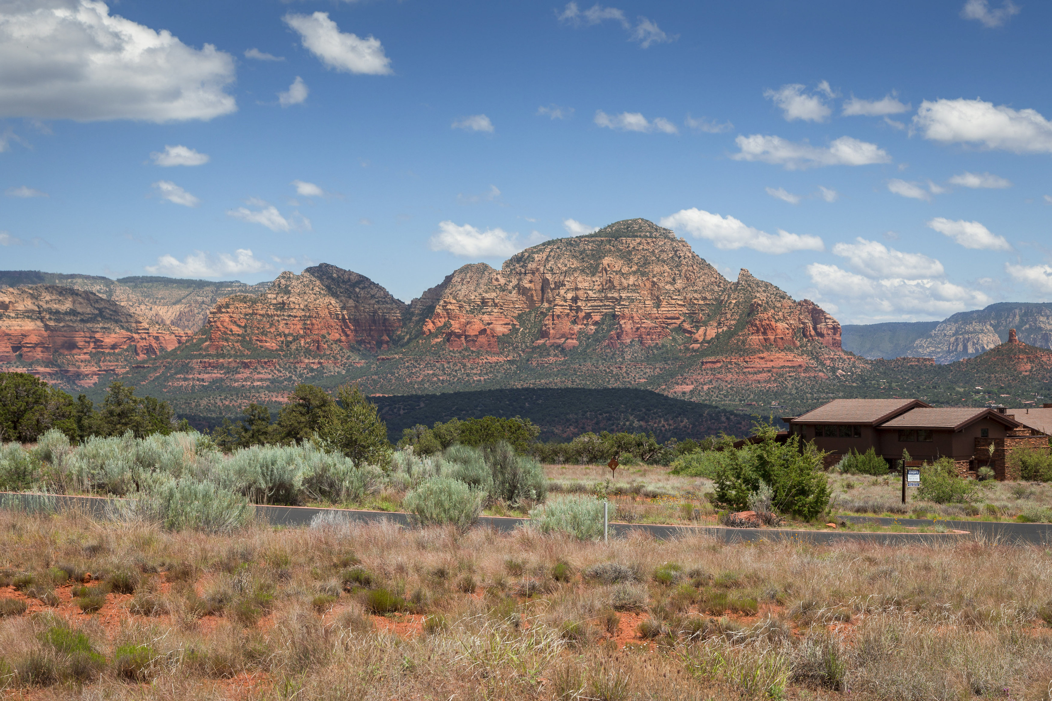Đất đai vì Bán tại Aerie Lot 4 This 2.5 ac lot is the ultimate location underneath Doe Mountain. 41 CALLISTO CT 4 Sedona, Arizona 86336 Hoa Kỳ