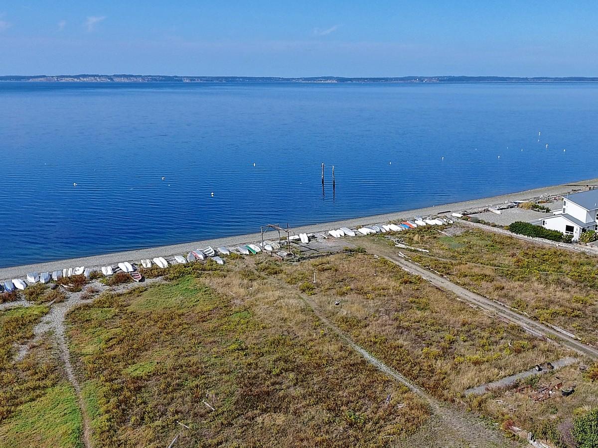 一戸建て のために 売買 アット Camano Cottage 265 Maple St Camano Island, ワシントン, 98282 アメリカ合衆国