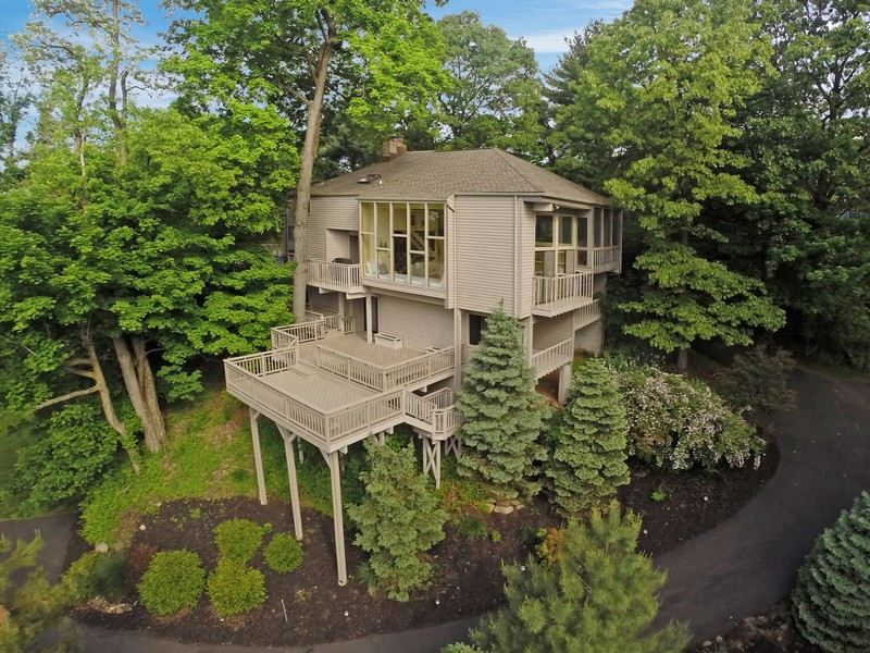 Single Family Home for Sale at Spectacular River View Contemporary 292 Tweed Blvd. Piermont, New York 10968 United States