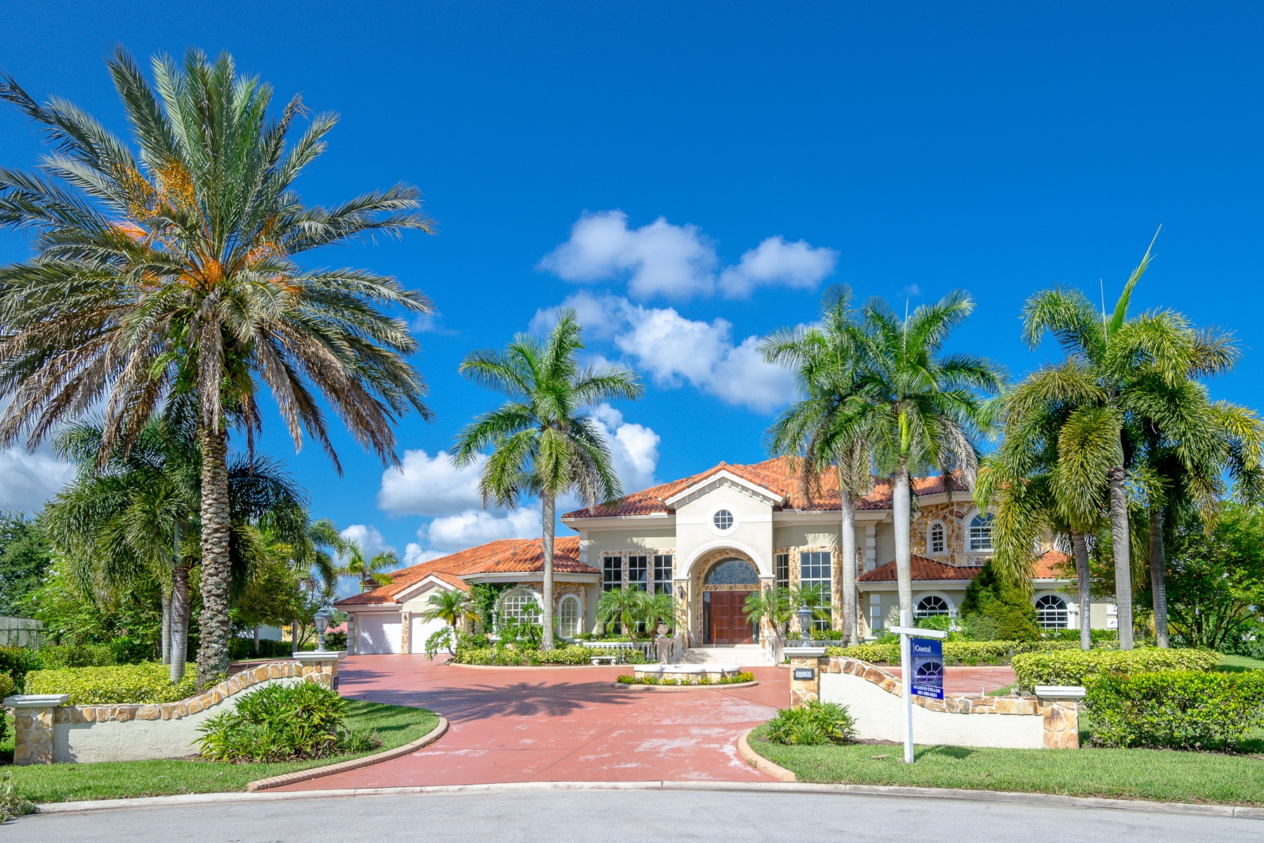 Single Family Home for Sale at 15520 Grumman Court Wellington, Florida 33414 United States