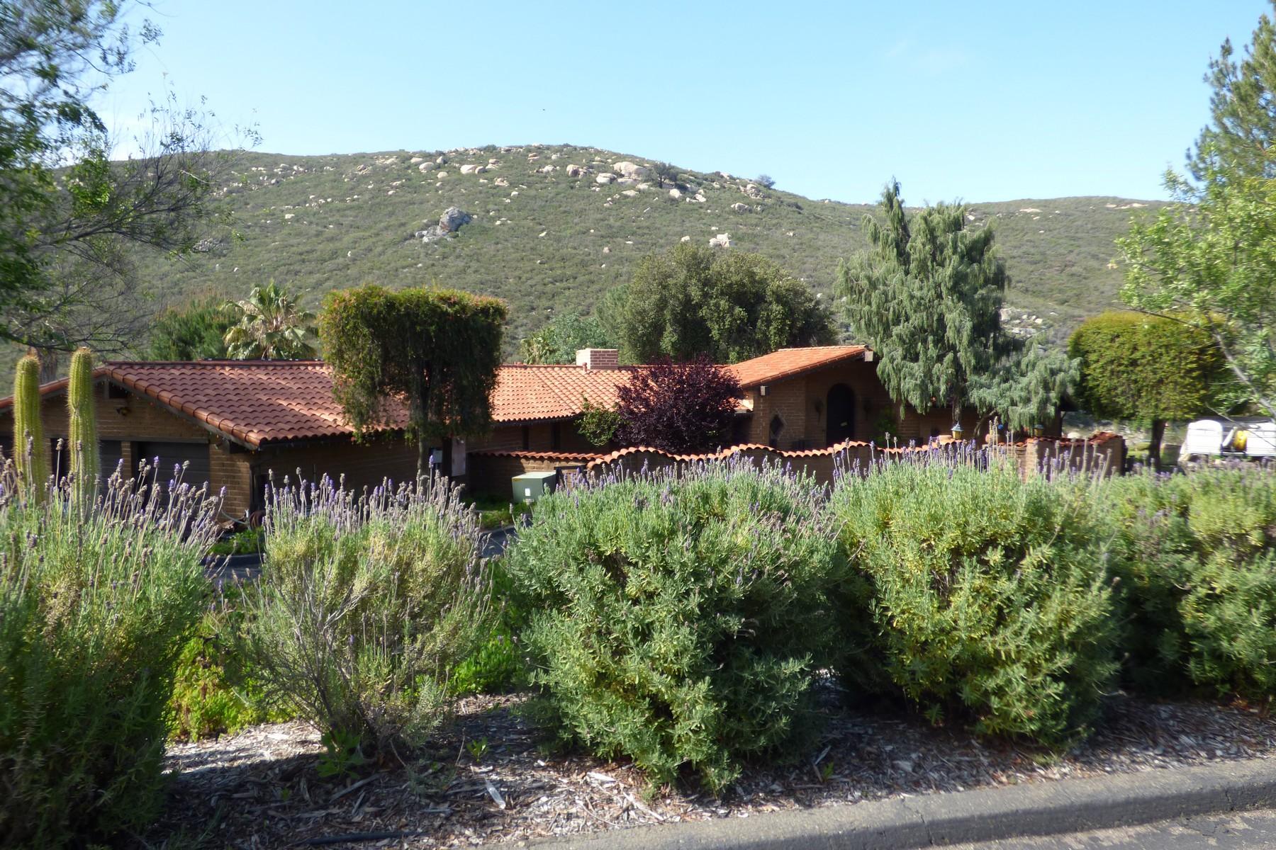 Einfamilienhaus für Verkauf beim 4085 Via Palo Verde Lago Alpine, Kalifornien 91901 Vereinigte Staaten