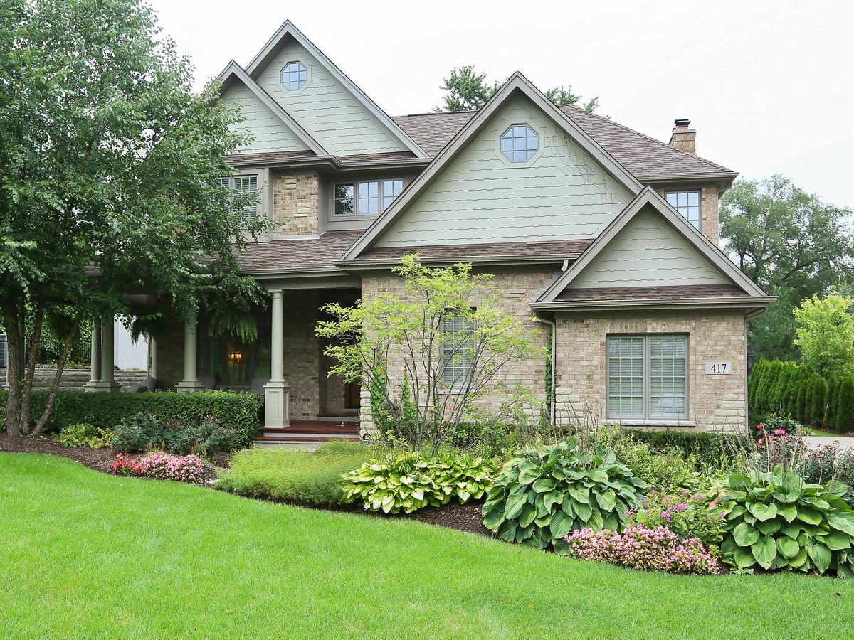 Частный односемейный дом для того Продажа на 417 Canterbury Ct. Hinsdale, Иллинойс 60521 Соединенные Штаты
