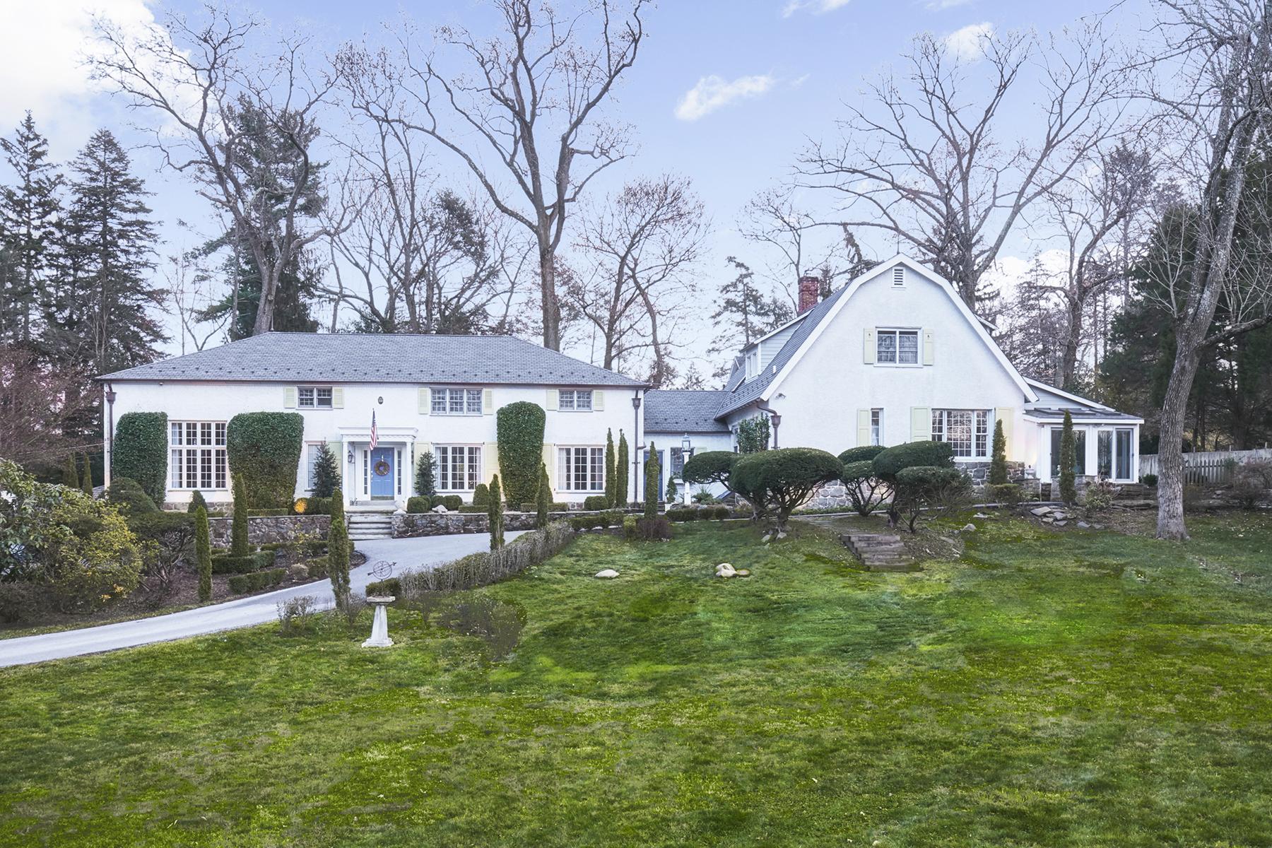 独户住宅 为 销售 在 Devon Colonial 140 S. Devon Ave Devon, 宾夕法尼亚州 19333 美国