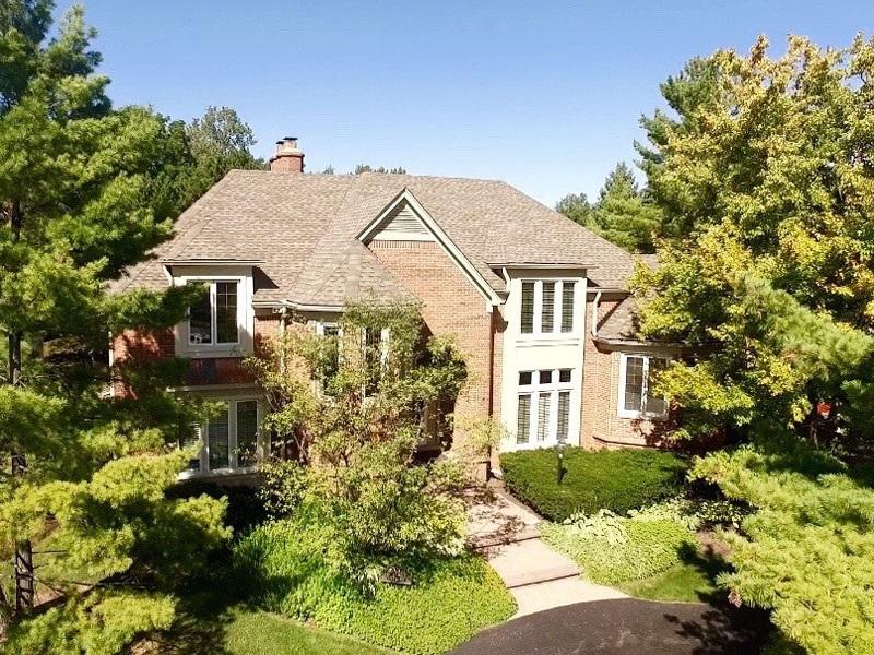 Nhà ở một gia đình vì Bán tại Bloonfield 3021 E Ridge Court Bloomfield, Michigan 48302 Hoa Kỳ