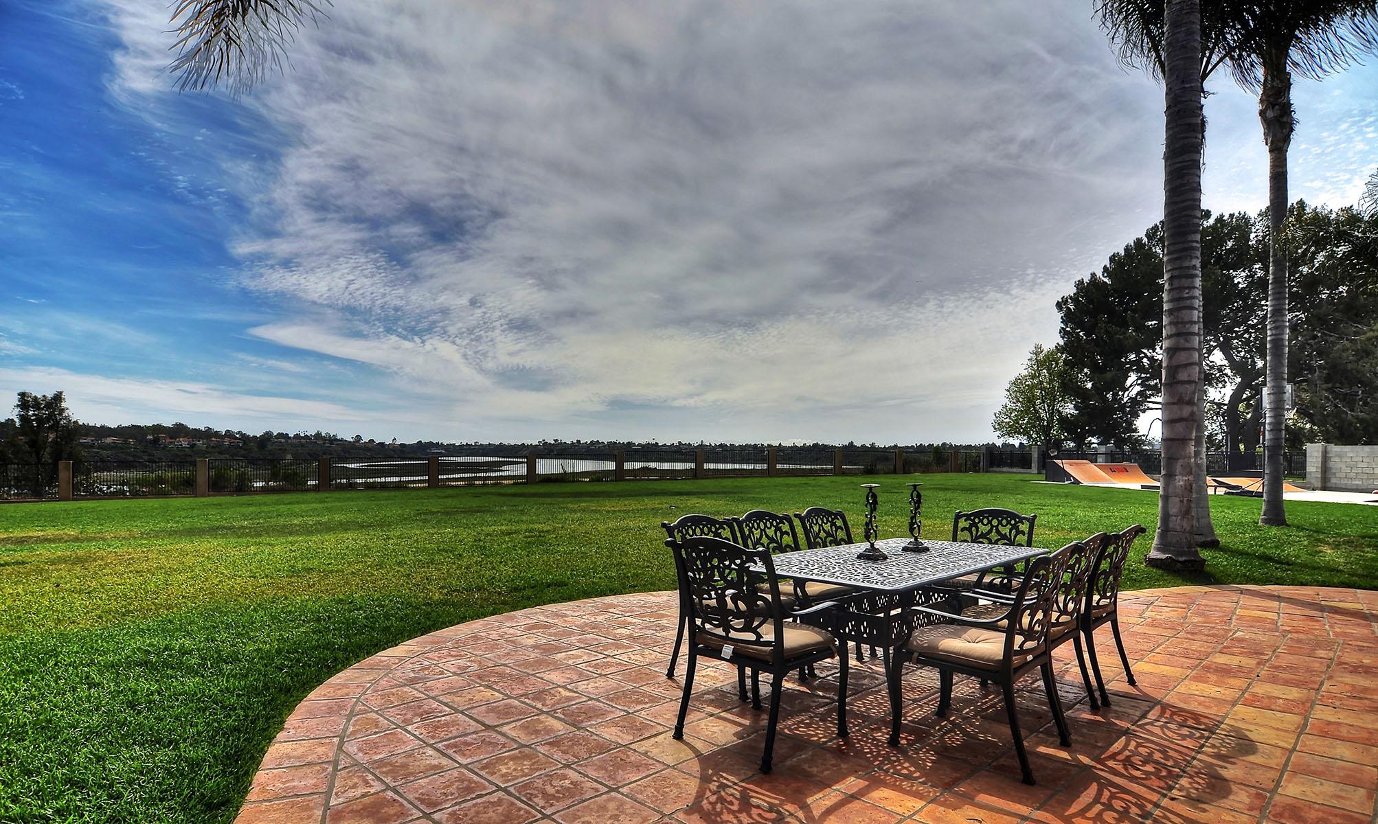 Terreno per Vendita alle ore Villa di Cavalli Newport Beach, California, 92660 Stati Uniti