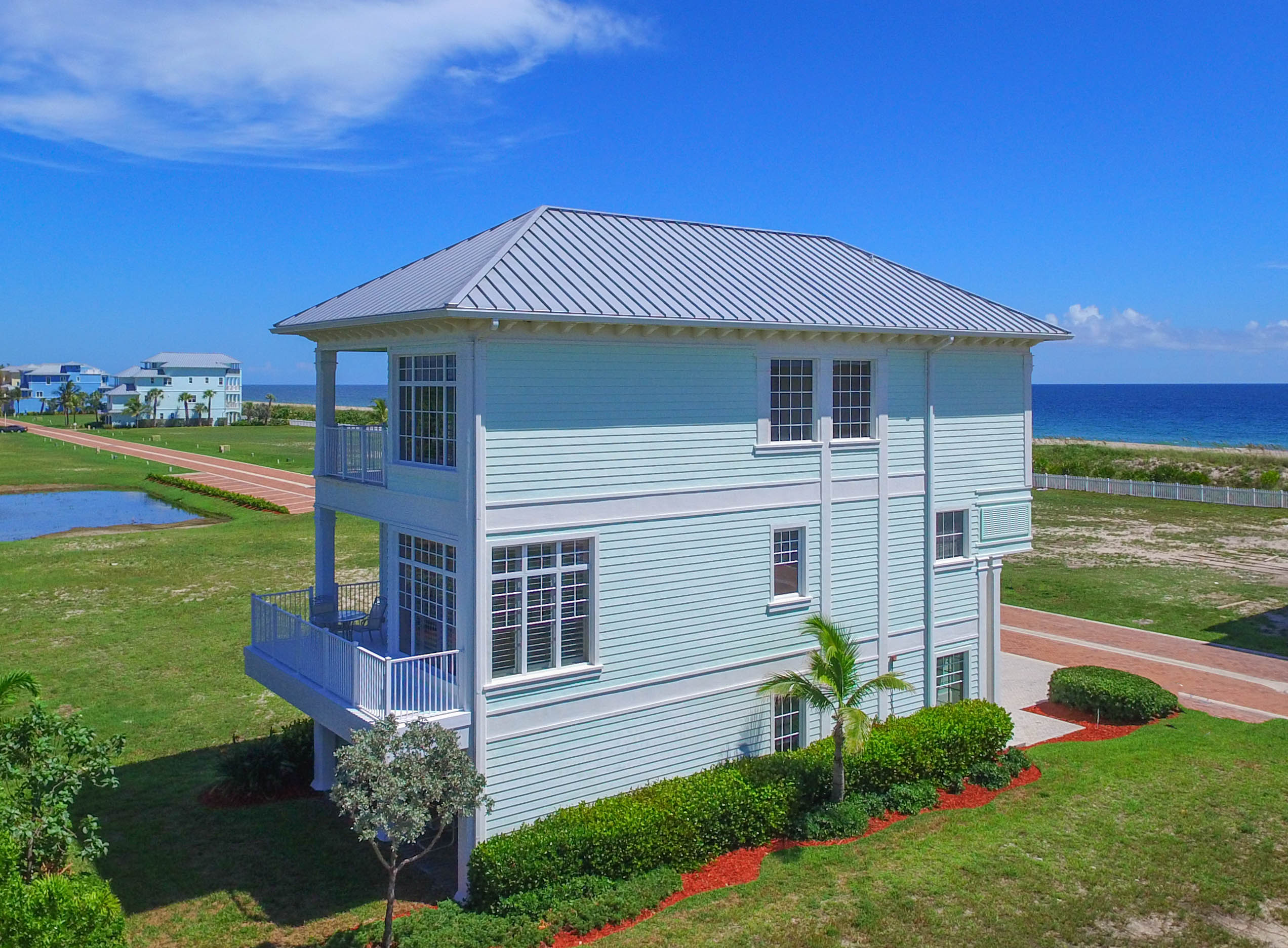 Casa Unifamiliar por un Venta en 4917 Watersong Way Hutchinson Island, Florida, 34949 Estados Unidos
