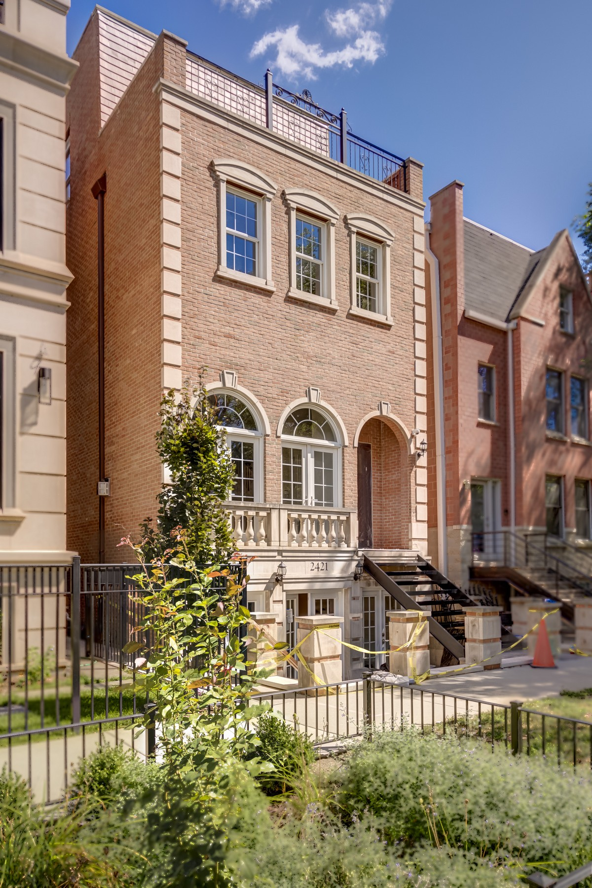 Single Family Home for Sale at Spectacular Fully Remodeled Home In Lincoln Park 2421 N Janssen Avenue Lincoln Park, Chicago, Illinois 60614 United States