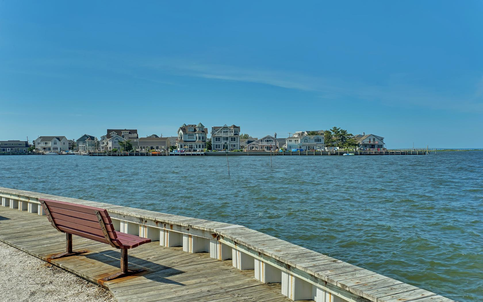 Additional photo for property listing at Ocean Beach II 210 Gull Lane Lavallette, Nueva Jersey 08735 Estados Unidos