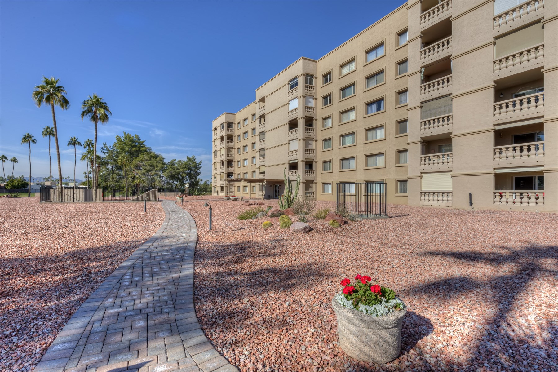 Apartment for Sale at Charming and spacious one bedroom plus den 7820 E Camelback Rd #301 Scottsdale, Arizona 85251 United States