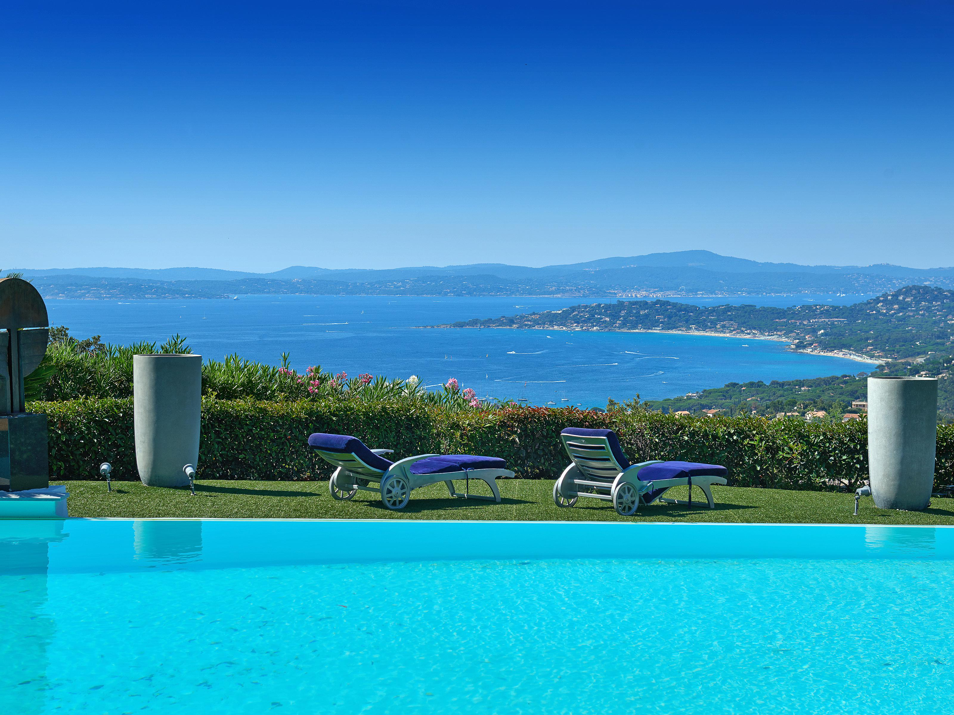 Maison unifamiliale pour l Vente à Luxurious Californian style villa with breathtaking views Saint Maxime Other Provence-Alpes-Cote D'Azur, Provence-Alpes-Cote D'Azur 83380 France