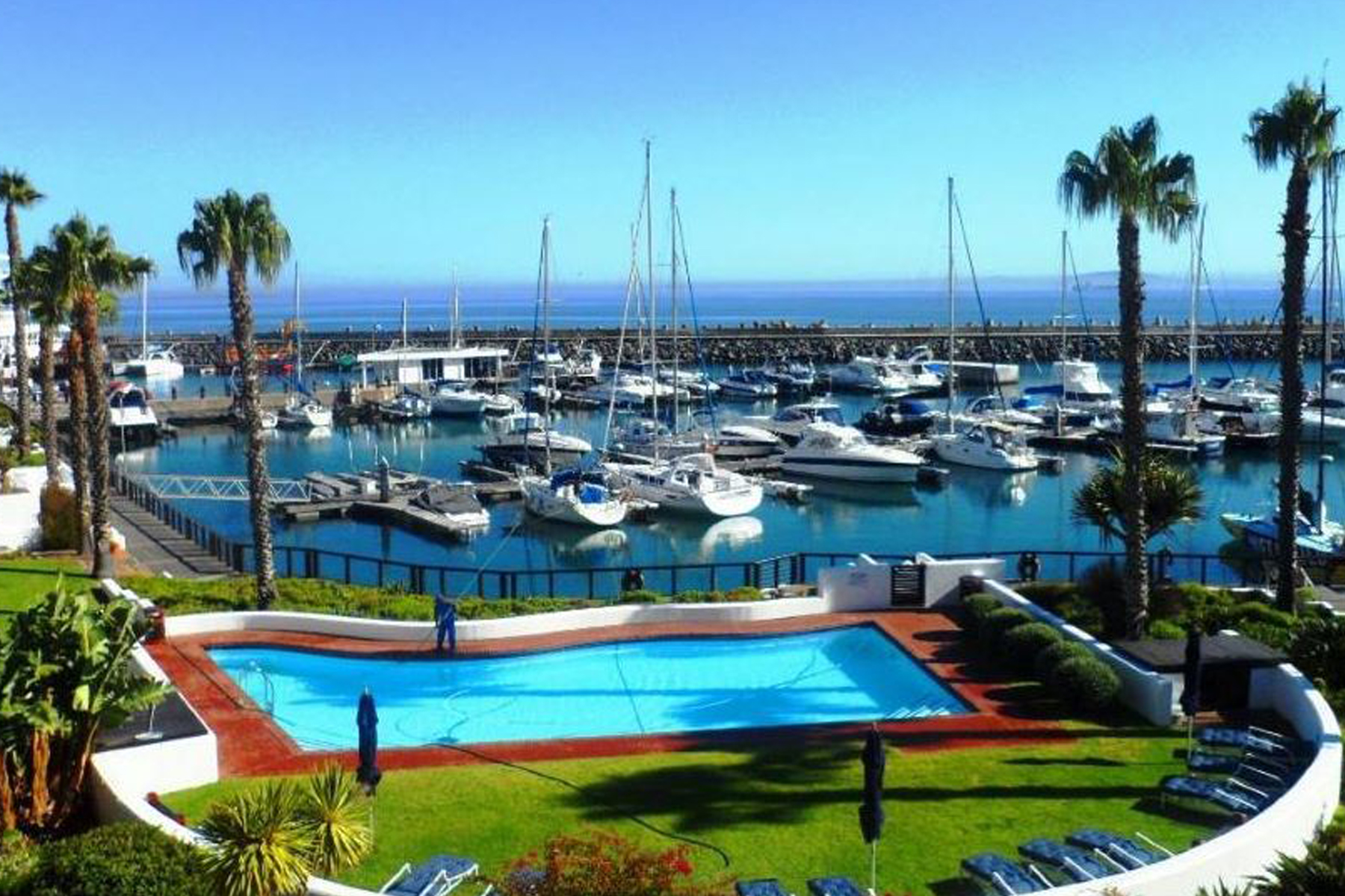 sales property at Mouille Point