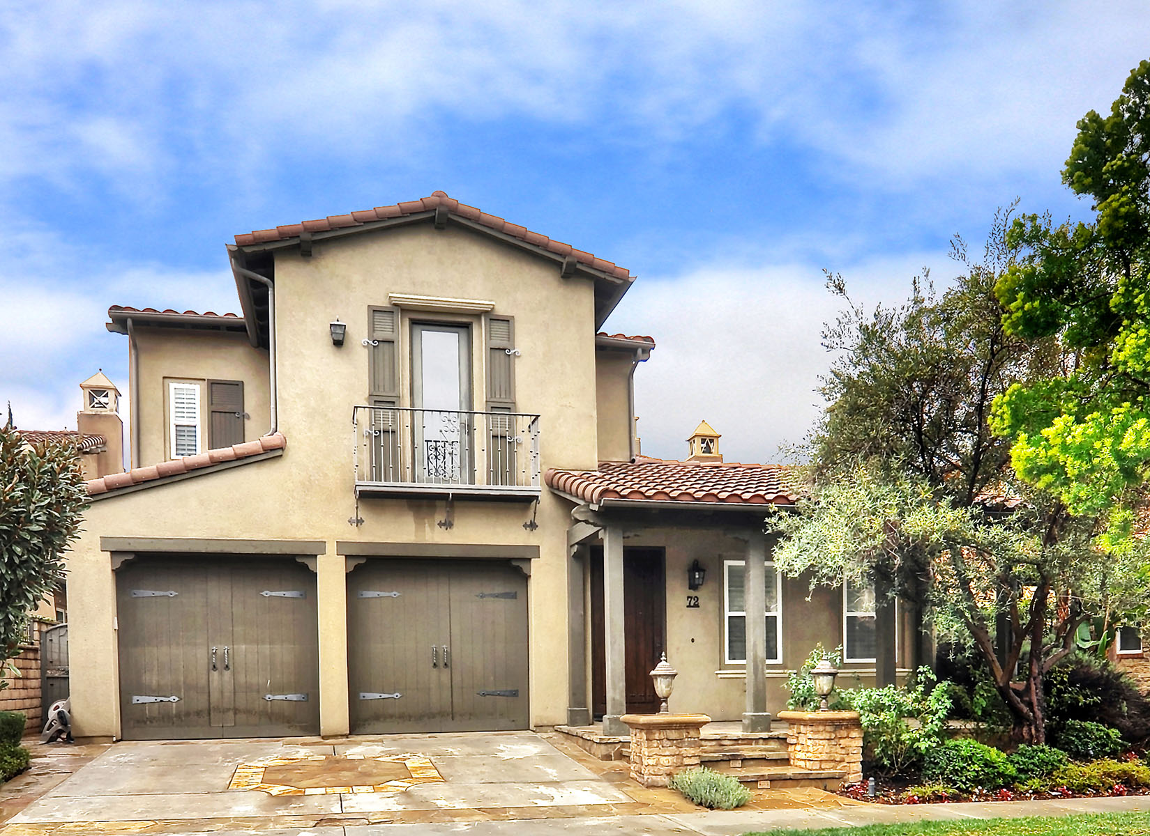Частный односемейный дом для того Продажа на 72 Fanlight Irvine, Калифорния, 92620 Соединенные Штаты