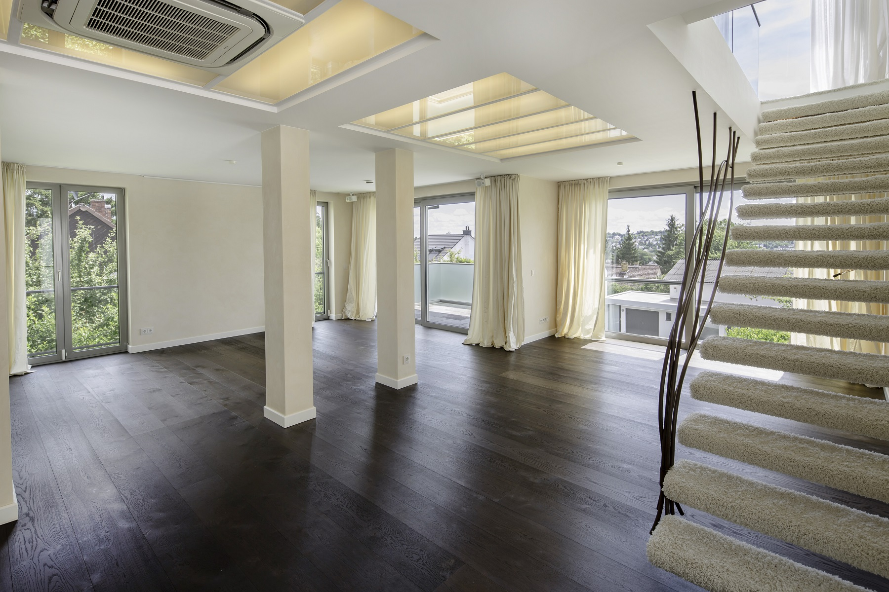 Apartamento por un Venta en Very Exclusive Penthouse with Phantastic View Wiesbaden, Hessen, 65193 Alemania