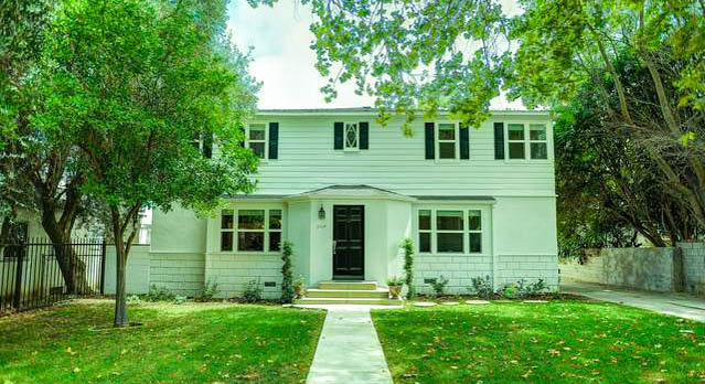 Property For Sale at 3904 Carpenter Ave
