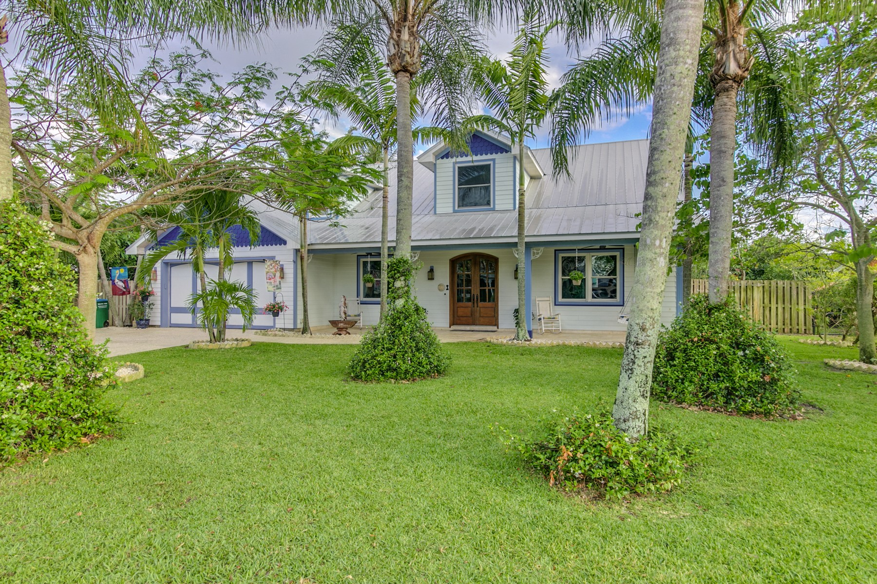 Single Family Home for Sale at 321 2nd Avenue Melbourne Beach, Florida 32951 United States