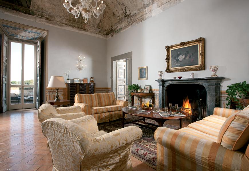 "Additional photo for property listing at Magnifique villa historique dans la zone des ""Castelli Romani"" Via Umberto Pavoni Grottaferrata, Rome 00046 Italie"