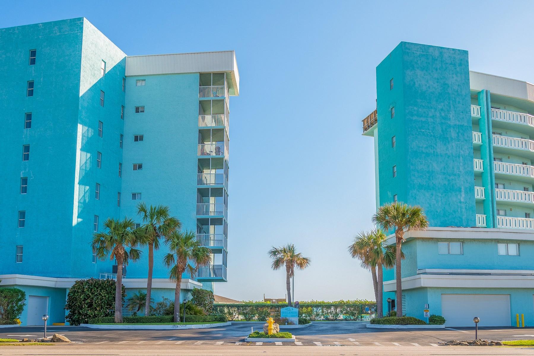 콘도미니엄 용 매매 에 Buccaneer Condo 1175 Highway A1A #208 Satellite Beach, 플로리다, 32937 미국