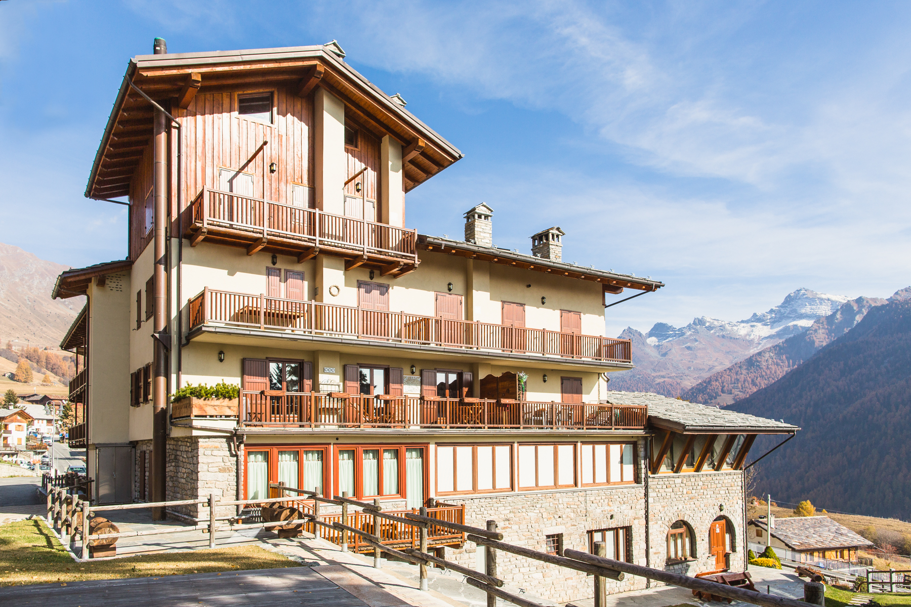 Apartment for Sale at Cozy Apartment in Val d'Ayas Route Emile Chanoux Other Aosta, Aosta 11020 Italy