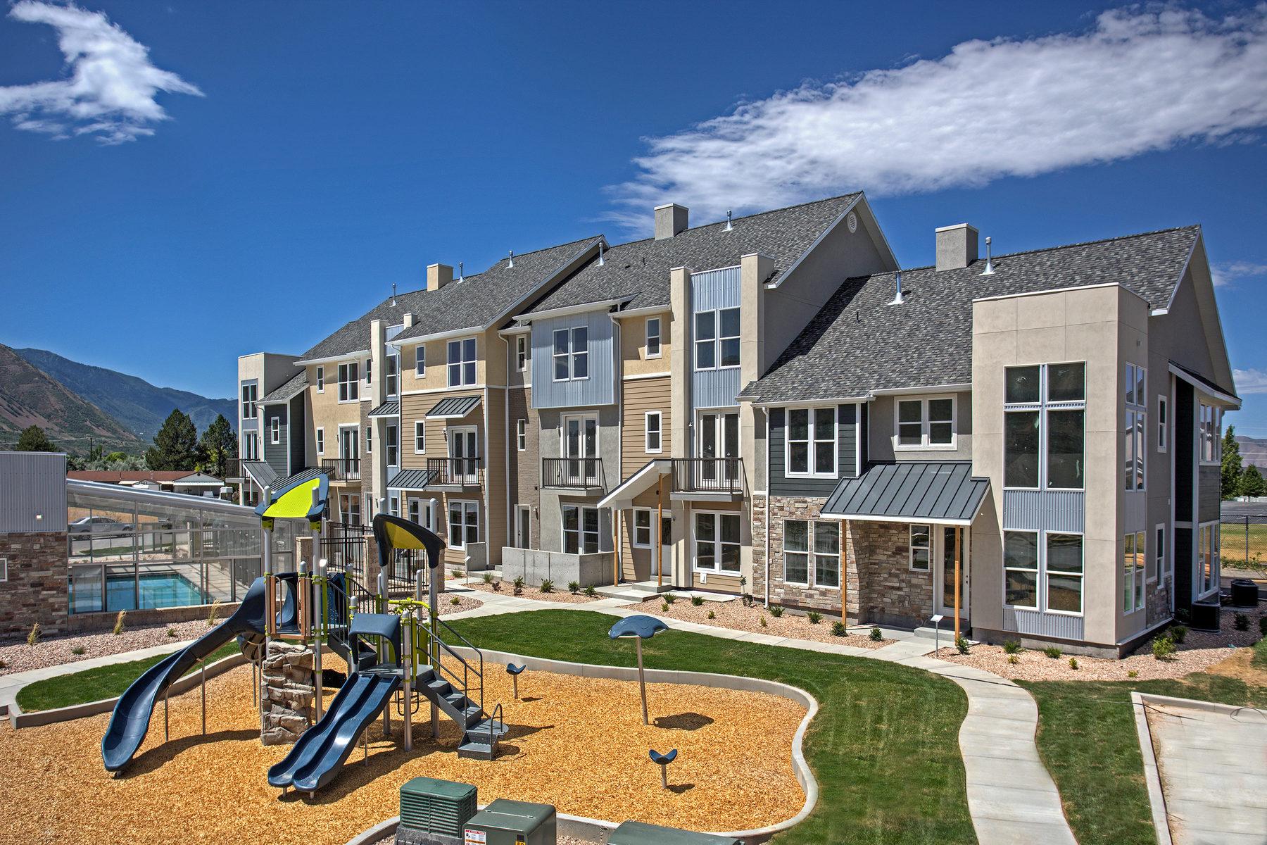 联栋屋 为 销售 在 The Soho Extended Design at The Ridge 1032 S High Ridge Rd Spanish Fork, 犹他州, 84660 美国