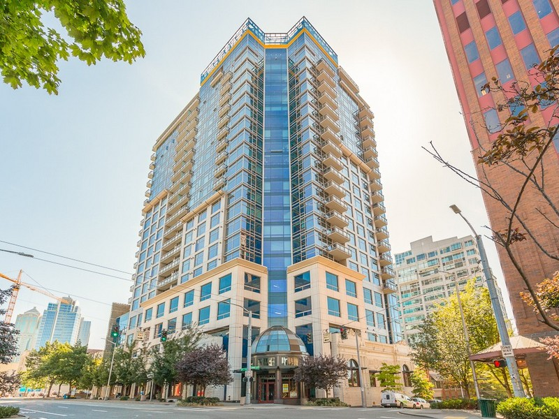 Condominium for Sale at Cristalla 2033 2nd Avenue #1502 Belltown, Seattle, Washington 98121 United States