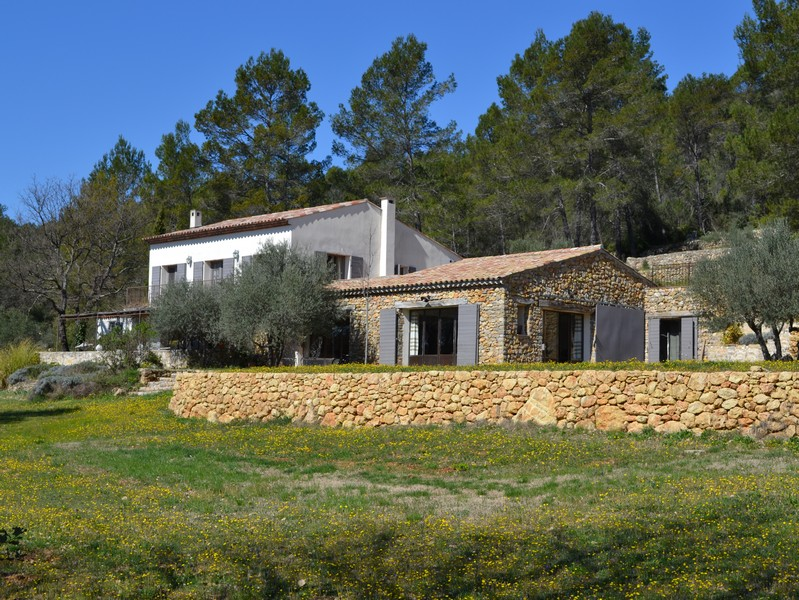 Moradia para Venda às House, swimming pool, site with ruins on 4 hectares of grounds Other Provence-Alpes-Cote D'Azur, Provença-Alpes-Costa Azul 83510 França