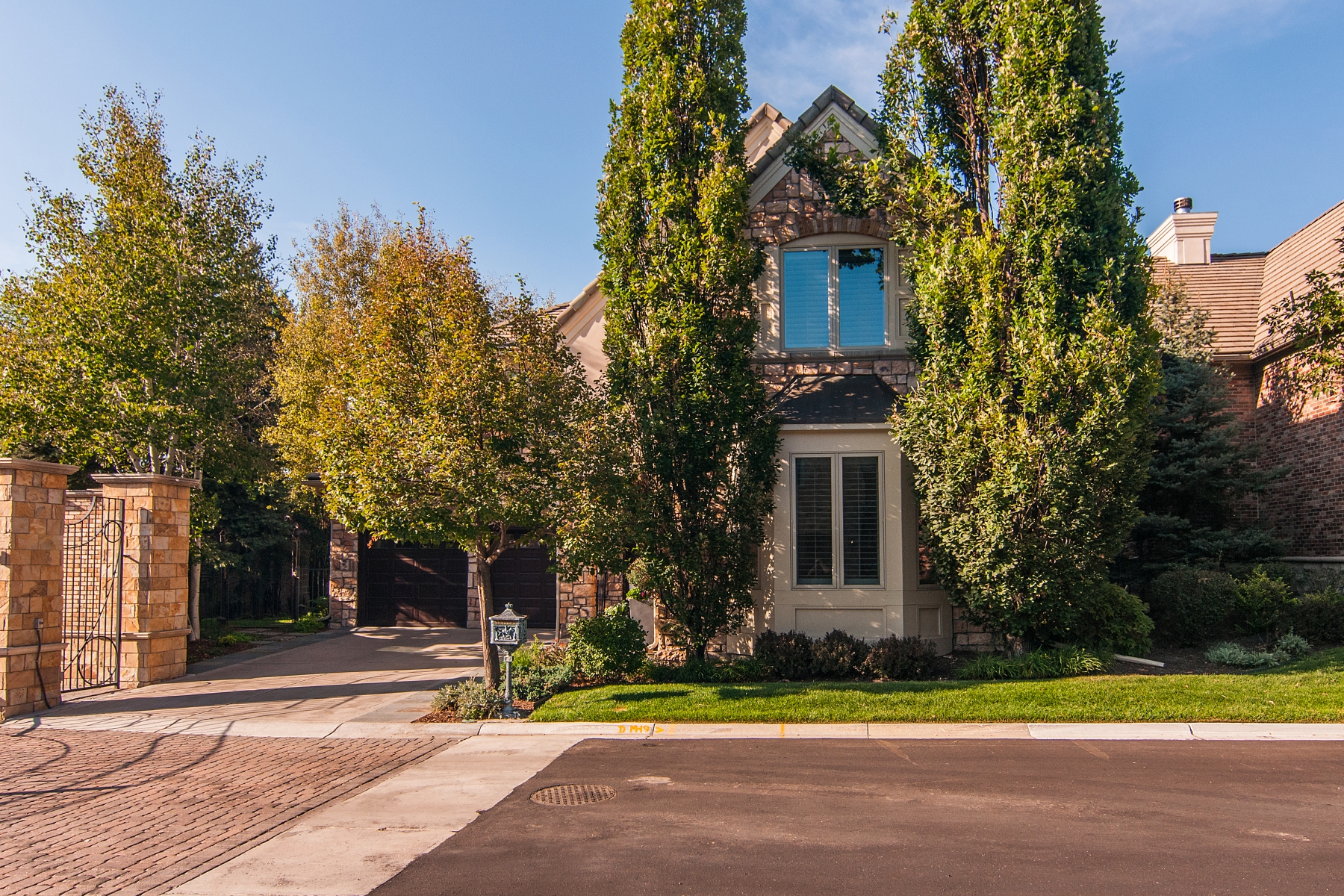 Single Family Home for Sale at Exceptional location in the premier gated enclave of Country Club Lane 106 South University Boulevard #1 Cherry Creek, Denver, Colorado 80209 United States