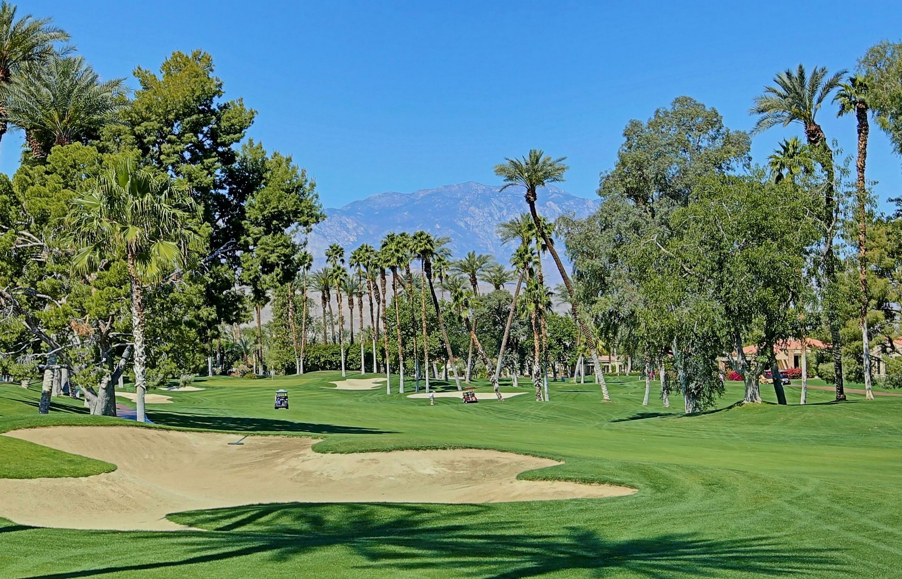 独户住宅 为 销售 在 75414 Riviera Drive Indian Wells, 加利福尼亚州, 92210 美国