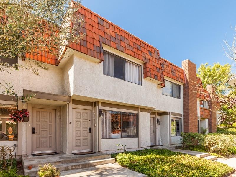 Adosado por un Venta en 28019 Ridgebluff Ct Rancho Palos Verdes, California 90275 Estados Unidos