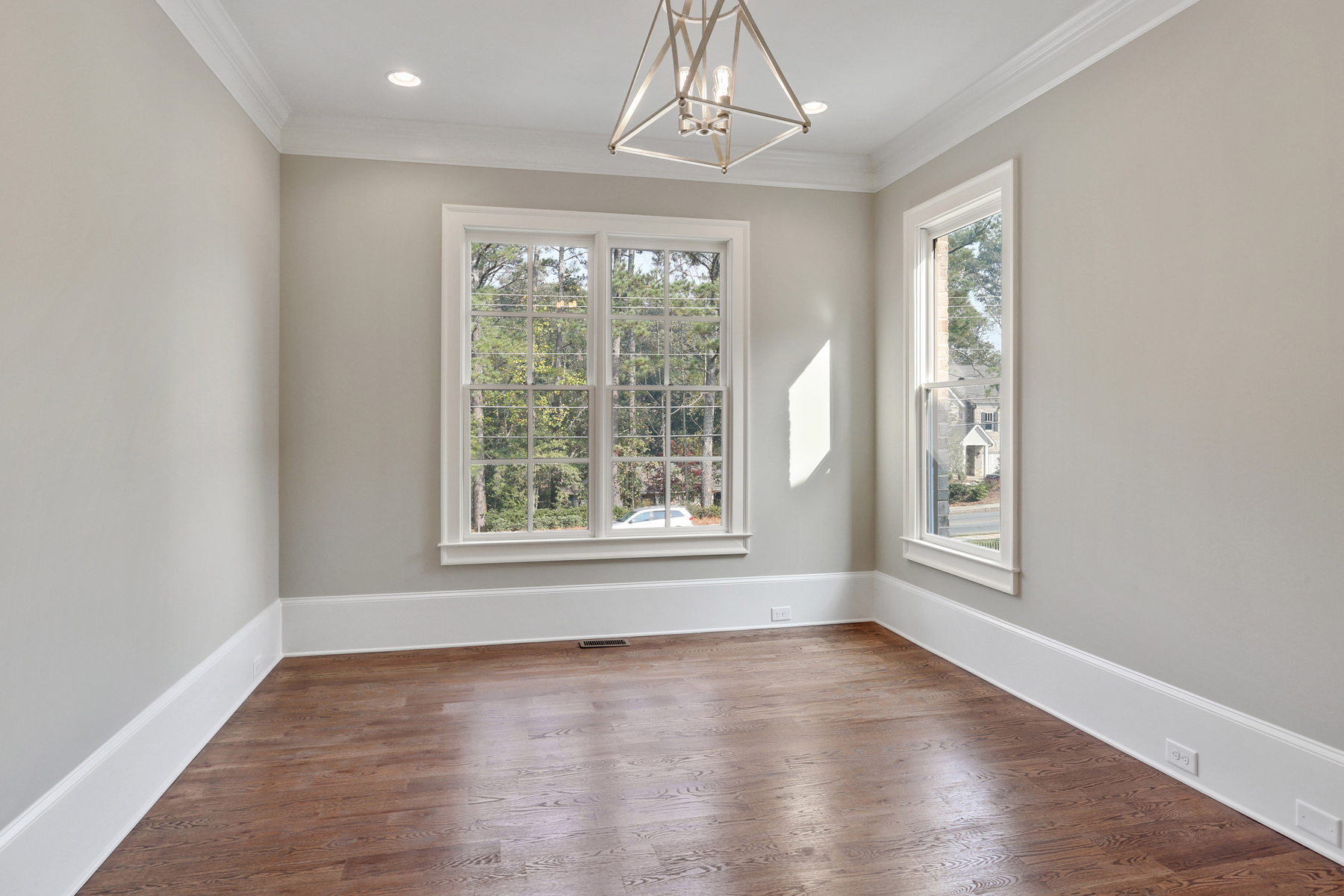 Additional photo for property listing at New Construction Home In Brookhaven 3828 Chamblee Dunwoody Road Atlanta, Geórgia 30341 Estados Unidos