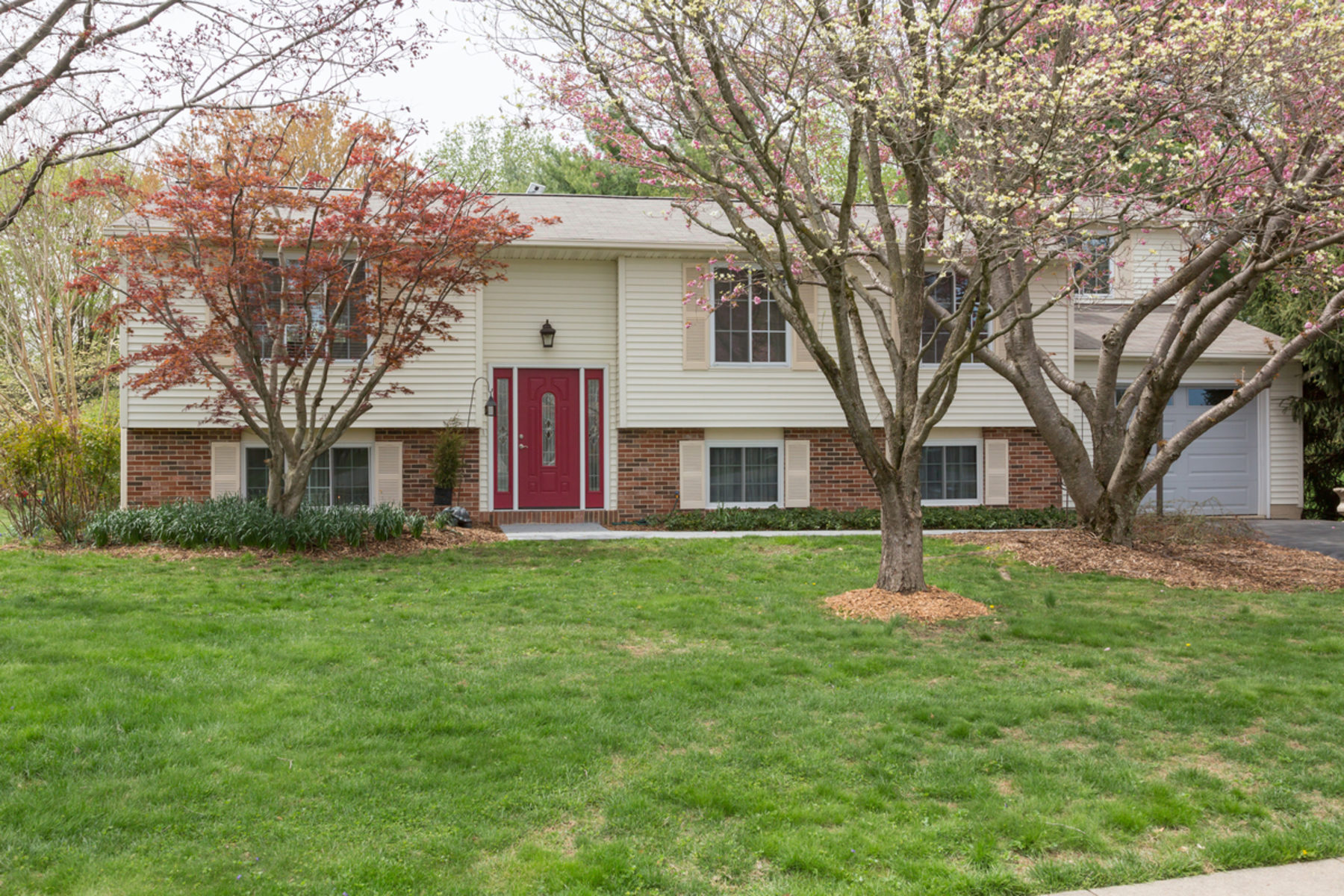 Single Family Home for Sale at 1112 Riva Ridge Drive, Great Falls Great Falls, Virginia 22066 United States