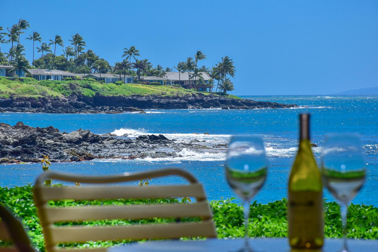 Appartement en copropriété pour l Vente à Exquisite Oceanfront Resort in Napili, Maui 5295 Lower Honoapiilani Road, Napili Point A8 Lahaina, Hawaii 96761 États-Unis