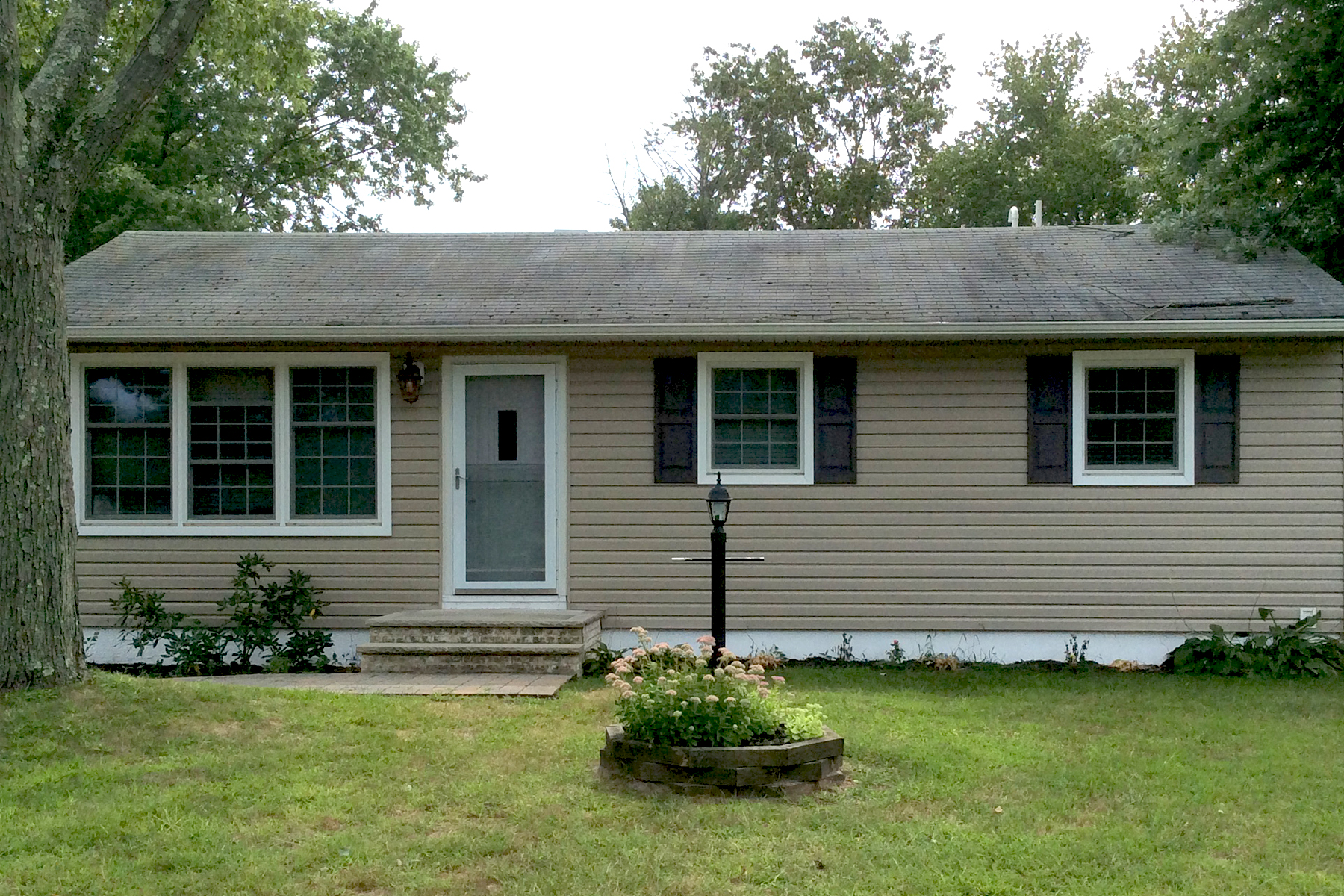 Single Family Home for Sale at Birchwood Park Lovely Ranch 228 Elmwood Court Brick, New Jersey, 08723 United States