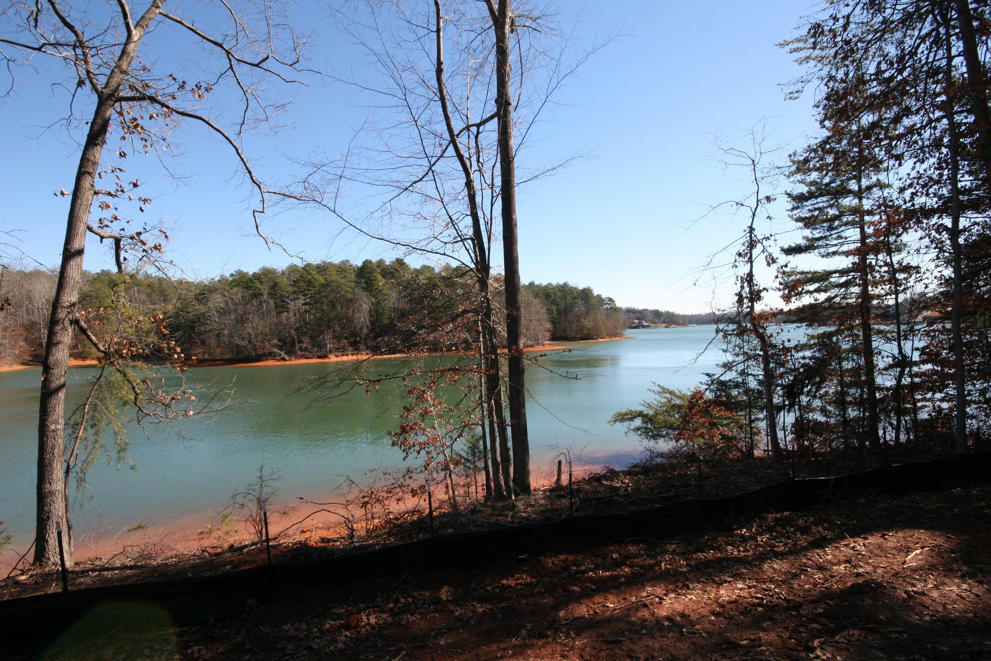 Land for Sale at Gradual Slope to Shoreline on Beautiful Lake Keowee Lot 25 Peninsula Pointe North West Union, South Carolina, 29696 United States
