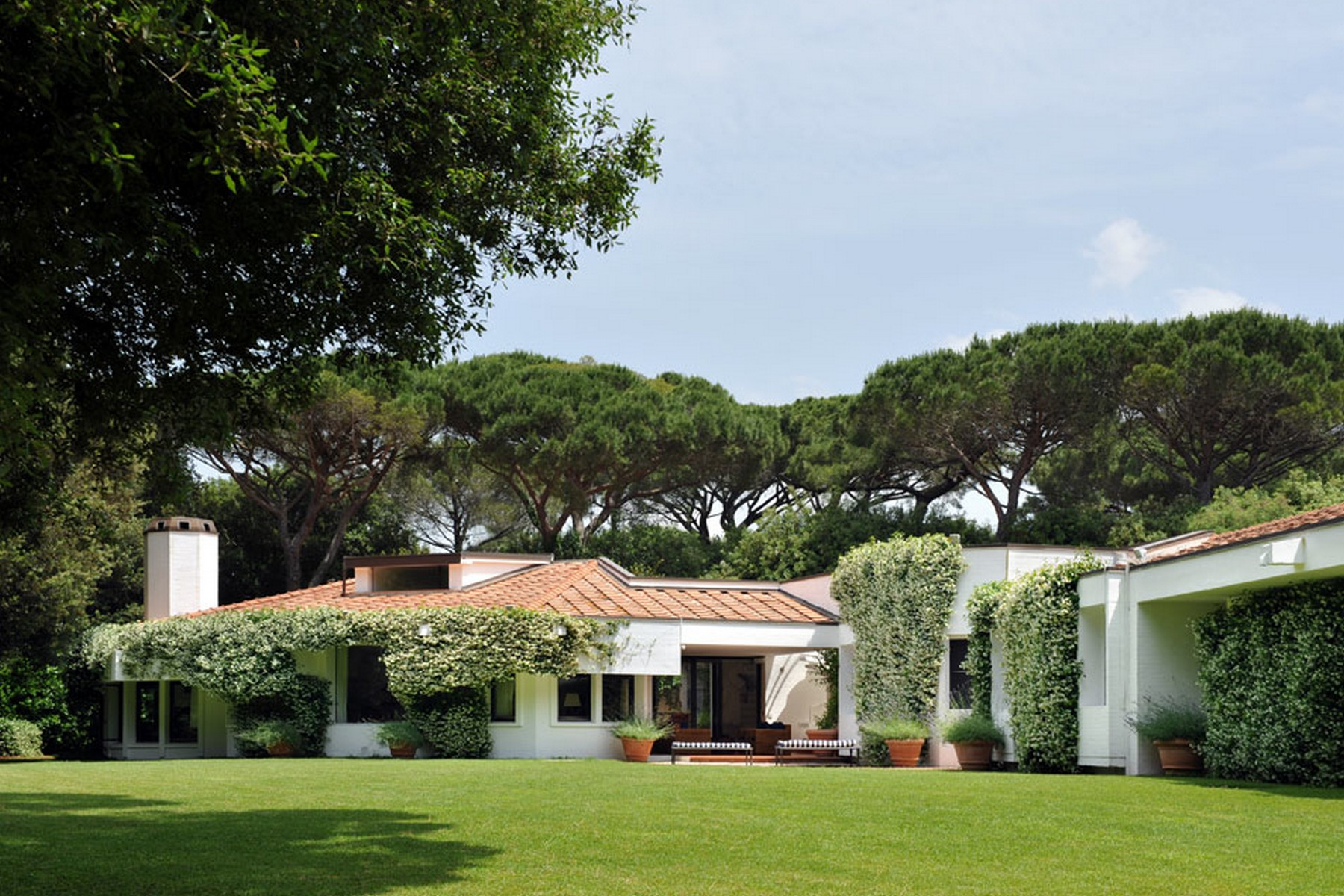 Additional photo for property listing at Stately estate with private beach Bolgheri Bolgheri, Livorno 57020 Italie